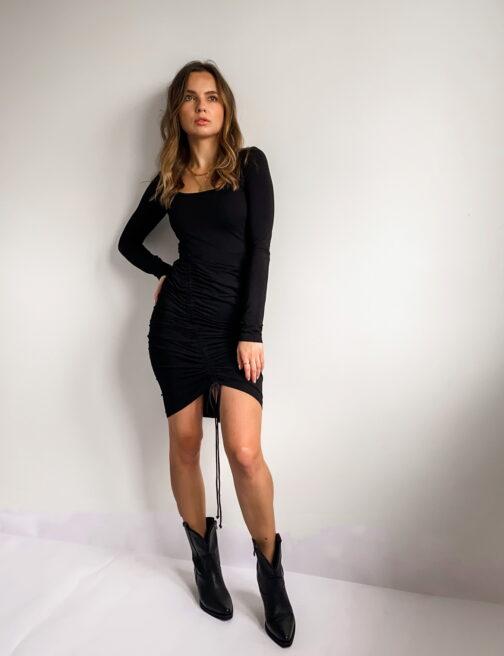 czarna-damska-sukienka-z-marszczeniem